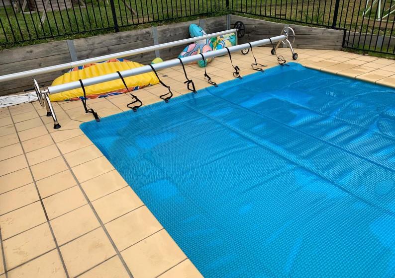 Sunlover-Pool-Blannkets-Roller-6-794x560 (1)